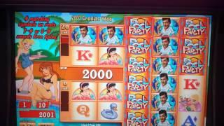 Dean Martin's Pool Party - Low Roll Big Win