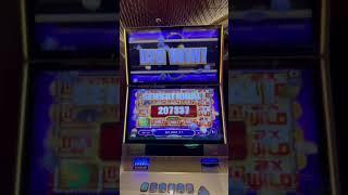 Big Jackpot Win on a Small Bet!