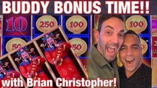 Brian Christopher & King Jason play slot machines in Las Vegas!!! Buddy time!  EEEEE!