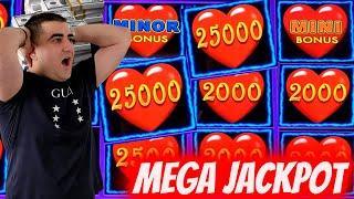 Lightning Link MASSIVE HANDPAY JACKPOT | Winning BIG MONEY In Vegas w/BOMBA SLOTS