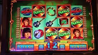 The Monkees Slot Machine -  Free Games Bonus Win with Retrigger