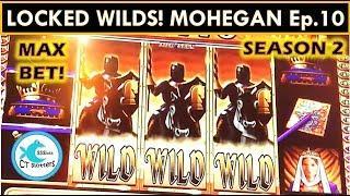 LOVING THE LOCKED WILDS! WMS BLACK KNIGHT SLOT MACHINE BIG WIN!