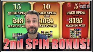 It took me just 2 SPINS to get the BONUS on RAKIN BACON Slot Machine!