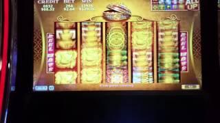 **88 Fortunes FRIDAYS!** Multiple retrigger bonus!