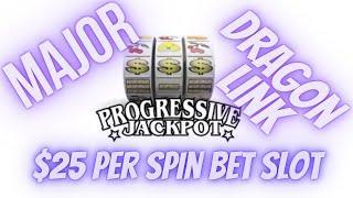 Major Progressive Slot Machine Jackpot Won!!! HUGE BONUSES