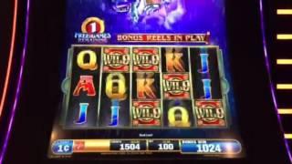 Dragon Spin Slot Machine Raining Wilds Free Spin Bonus New York Casino Las Vegas