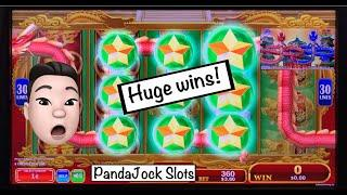 The last 2 machines we played hit BIG! Quick Hit, DaVinci Diamonds and Dragon's Law Twin Fever