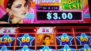 Madonna Mighty Cash 16 Free Spins with Random Features