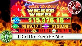 Smokin' Hot Stuff Wicked Wheel Slot Machine Happy Goose